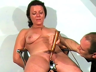 Brutal clit punishment — pic 14