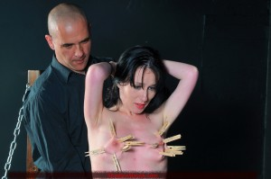 tit-whipping-03